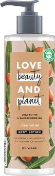 Love Beauty and Planet hudlotion Sheasmör och sandelträ. 400 ml