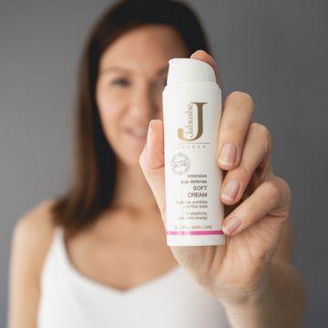 Jabushe Soft Cream Anti-age ansiktskräm. 50 ml.