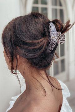 Ia Bon Large Hair Claw Taupe Star Hårklämma, 1 st