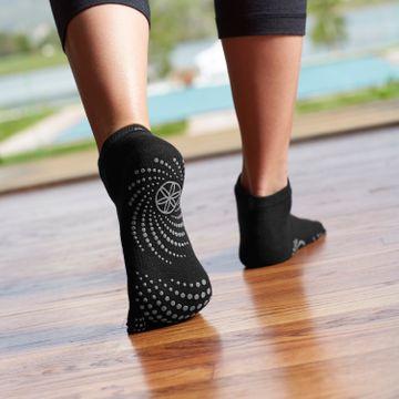 Gaiam Grippy Yoga Socks -S/M Yogastrumpor, 1 par