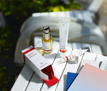 Dr. Hauschka Neem Nail & Cuticle Oil Nagelvård, 18 ml
