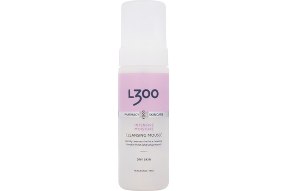 l300 intensive moisture cleansing mousse