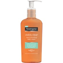 Neutrogena - Clear & Defend Facial Wash 200 ml